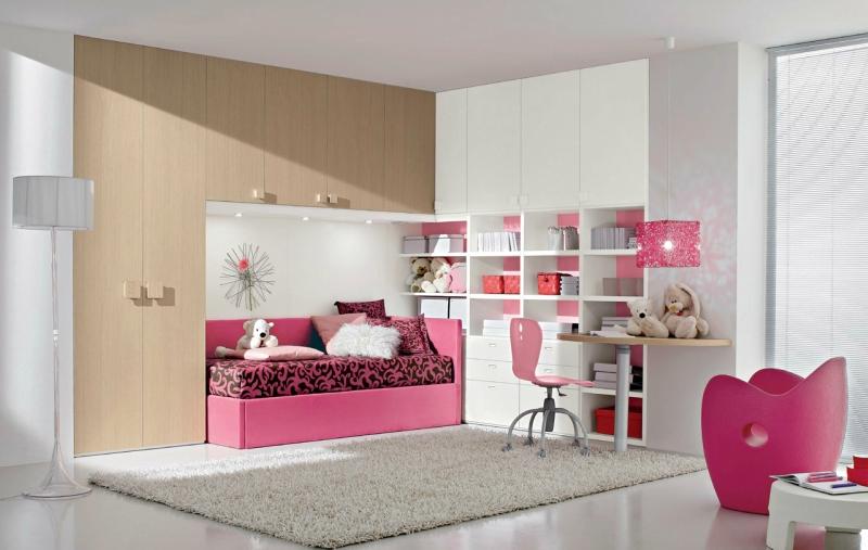 Дизайн интерьера спальни в светлых оттенках фото 15