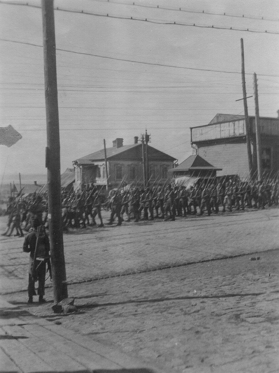 Парад русских войск по случаю отбытия в Японию главнокомандующего генерала Отани