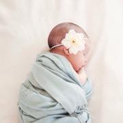 Малышка в пеленках