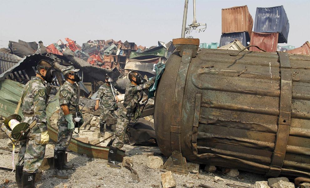 14. На месте взрыва. (Фото China Daily):