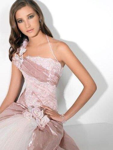 Свадебные платья 2010: Коллекция Valentini Spose