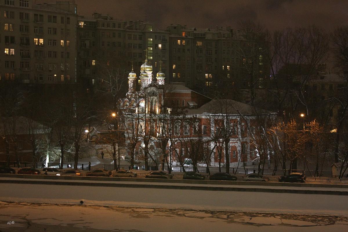 Храм Николая на Берсеневке в Верхних Сад
