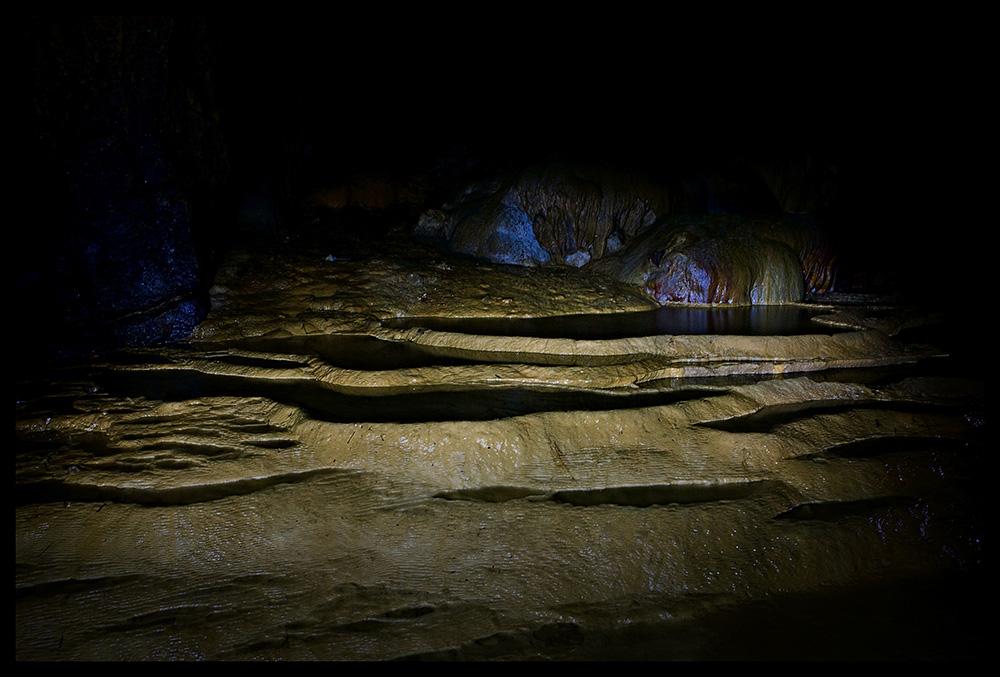 Пещера Nguom Ngao