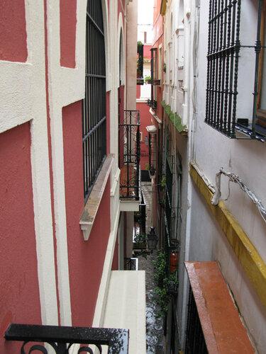 Улочка с балкончика