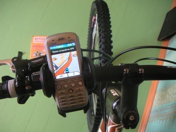 Готовый к навигации смартфон ш-mate