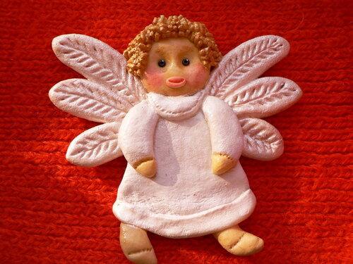 Как сделать из соленого теста ангелочка