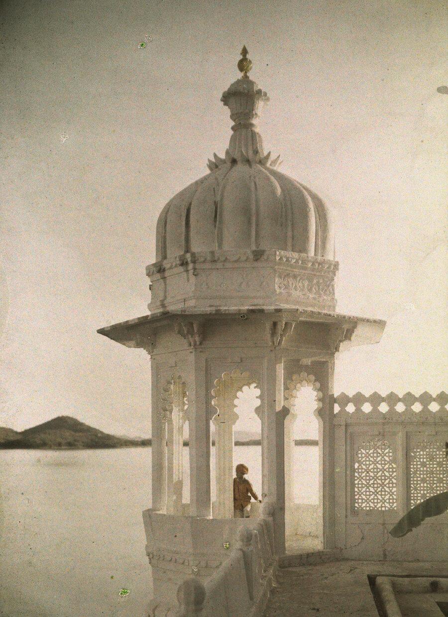 1923. Индия. Вид части дворца Махараджи в Удайпуре
