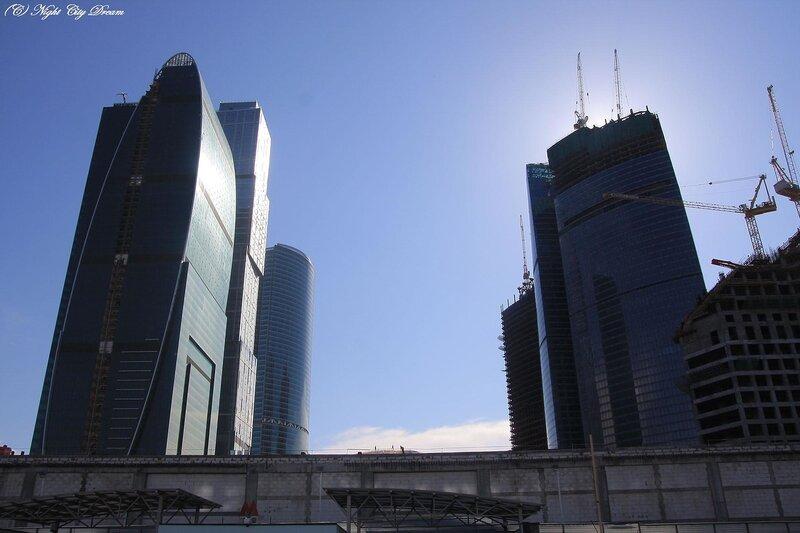 http://img-fotki.yandex.ru/get/3909/night-city-dream.22/0_28eab_fe460746_XL.jpg