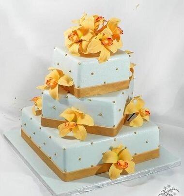 Желтые и зеленые свадебные торты