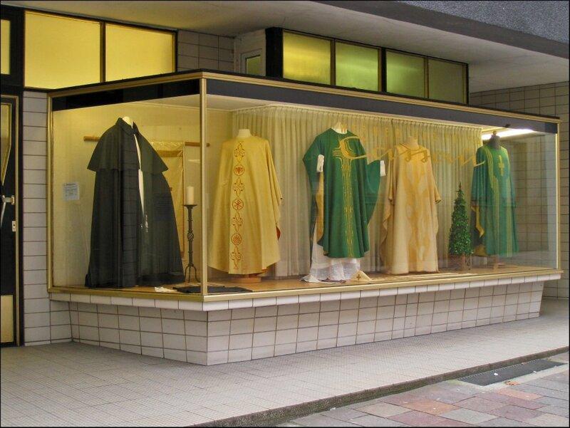 Магазин для священнослужителей, Падерборн