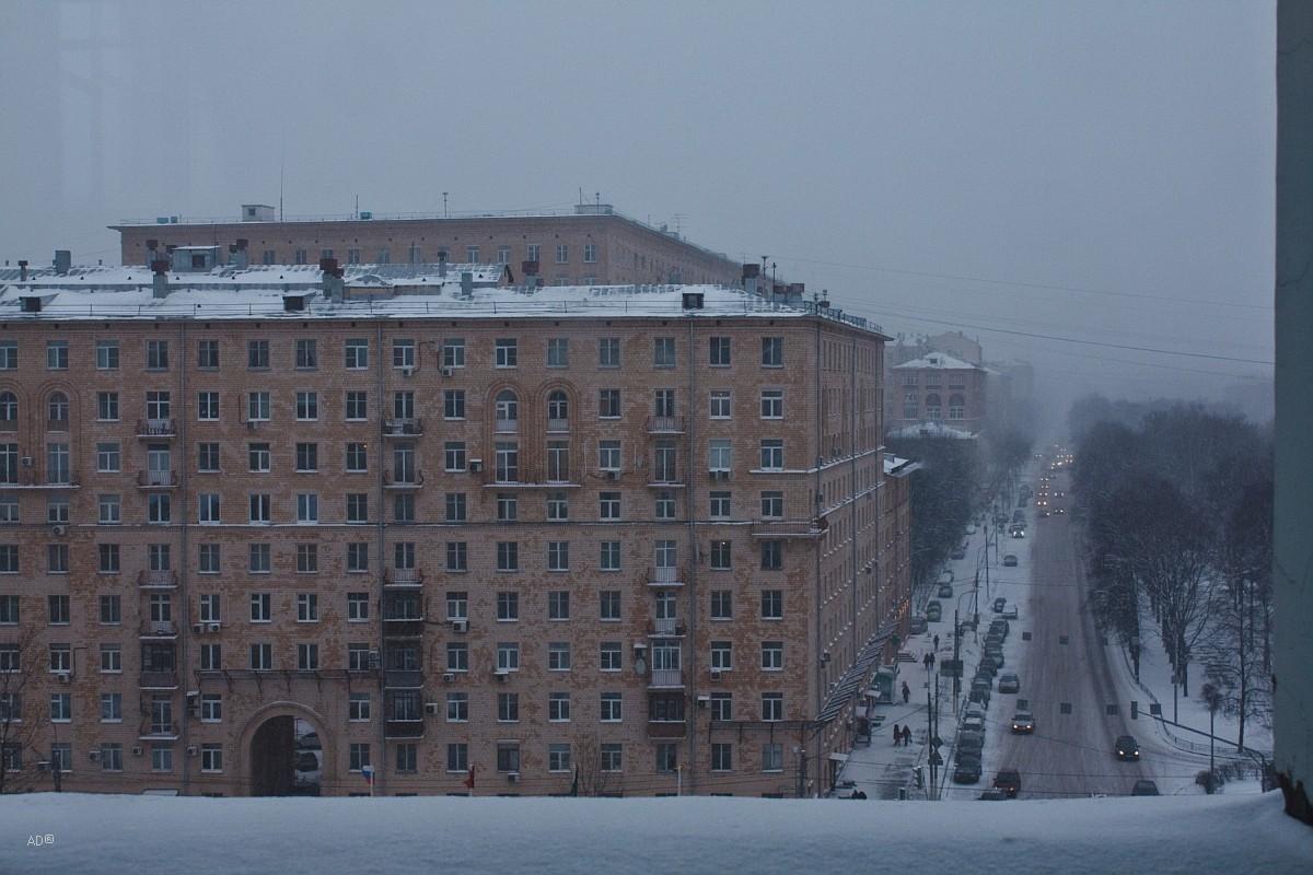 Улица Вавилова, 48 – жилой 12-этажный кирпичный  дом, построенный в 1959 году