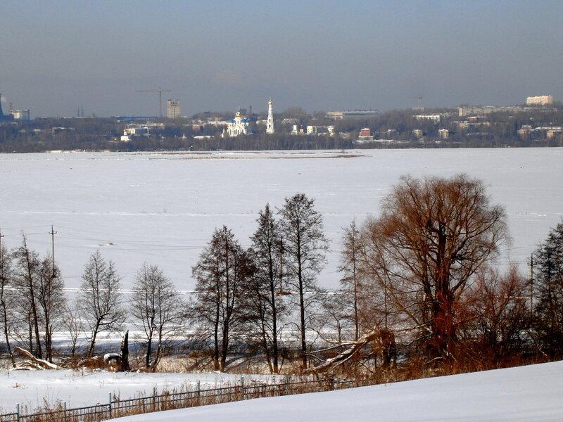 Зима,с.Остров,подворье,февраль.