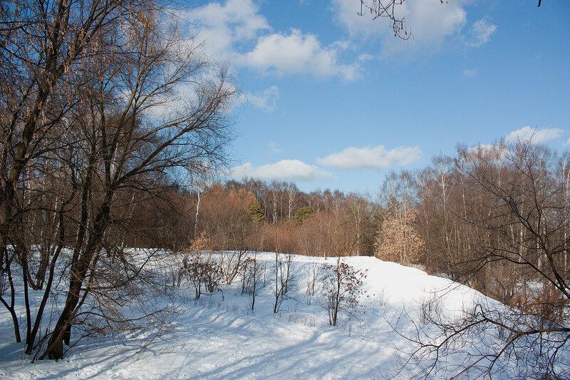 Панорама у входа в Кузьминский парк