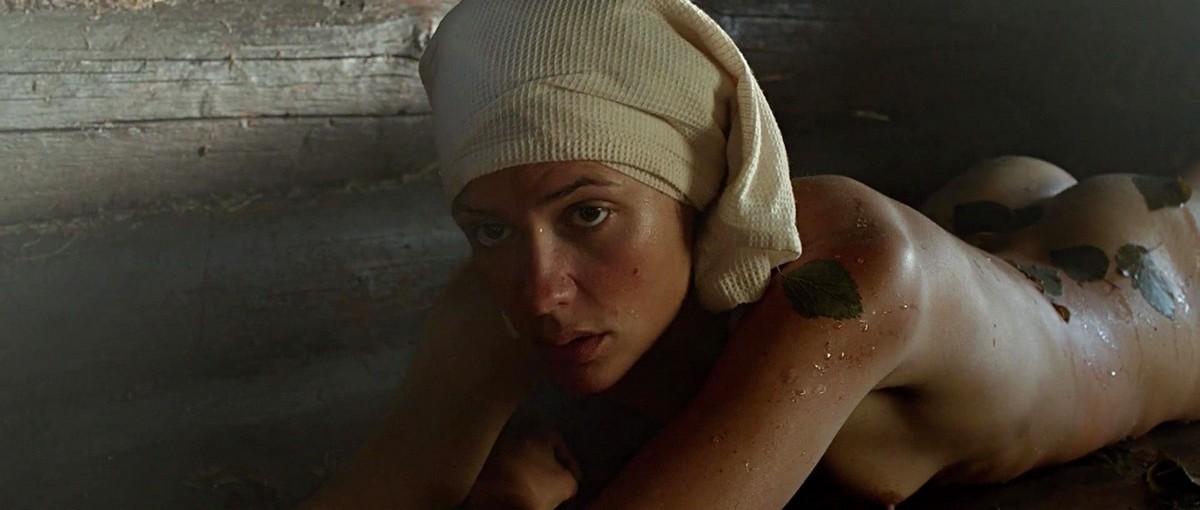 русский фильм где женщина оголяется за золотую цепочку - 7