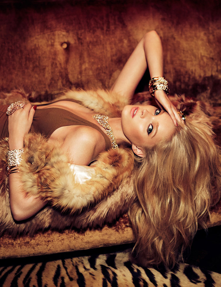 Эльза Хоск (Elsa Hosk) в журнале Vogue Mexico