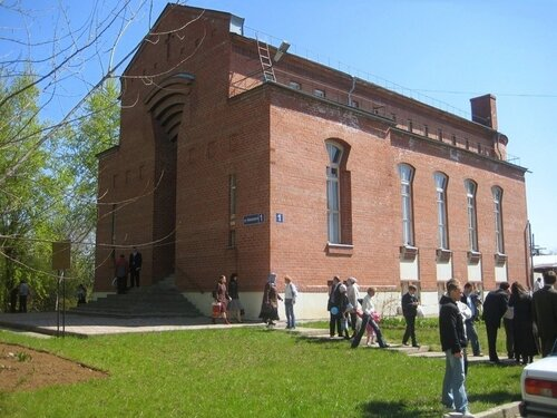 Дом Молитвы в Н. Новгороде после богослужения