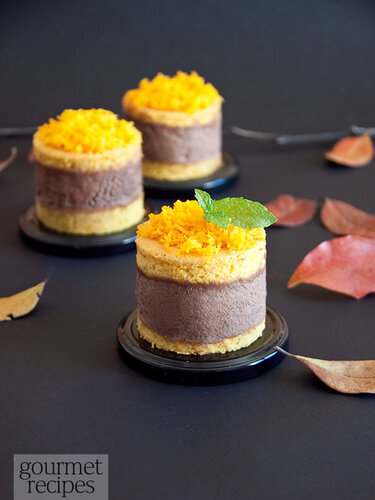 Butternut squash cakes with chocolate mousse