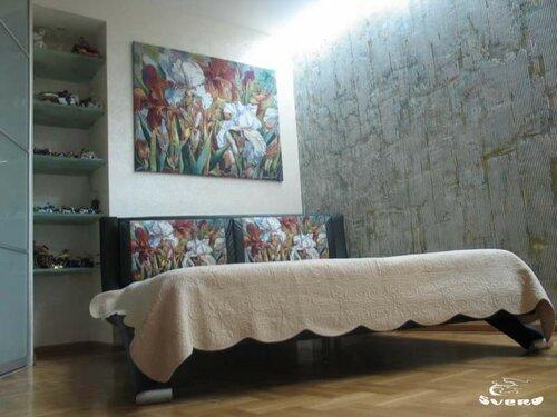 008. зона спальни,интерьер, гобелены, декоративная штукатурка
