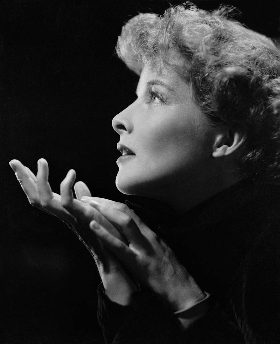 01 Ernest Bachrach, portrait of Katharine Hepburn, 1930's.--.jpg