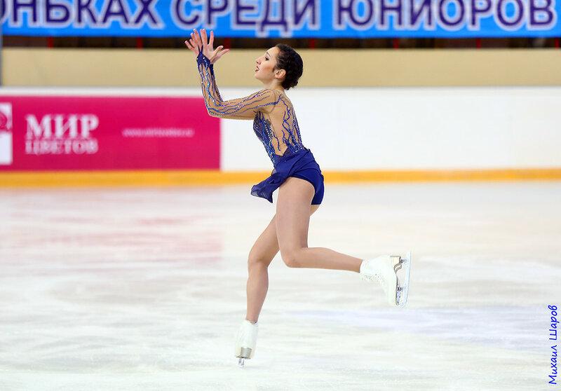 Полина Цурская - Страница 8 0_163c4b_696a346_XL