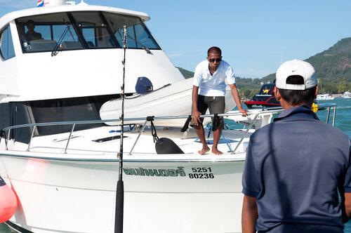 Maritimo yacht