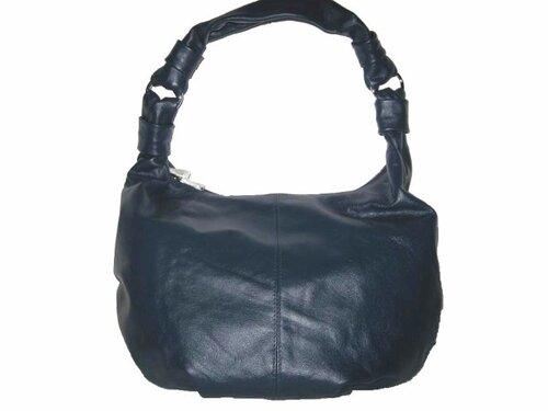 Преимущественно online и особенно кожаные женские сумки через плечо.