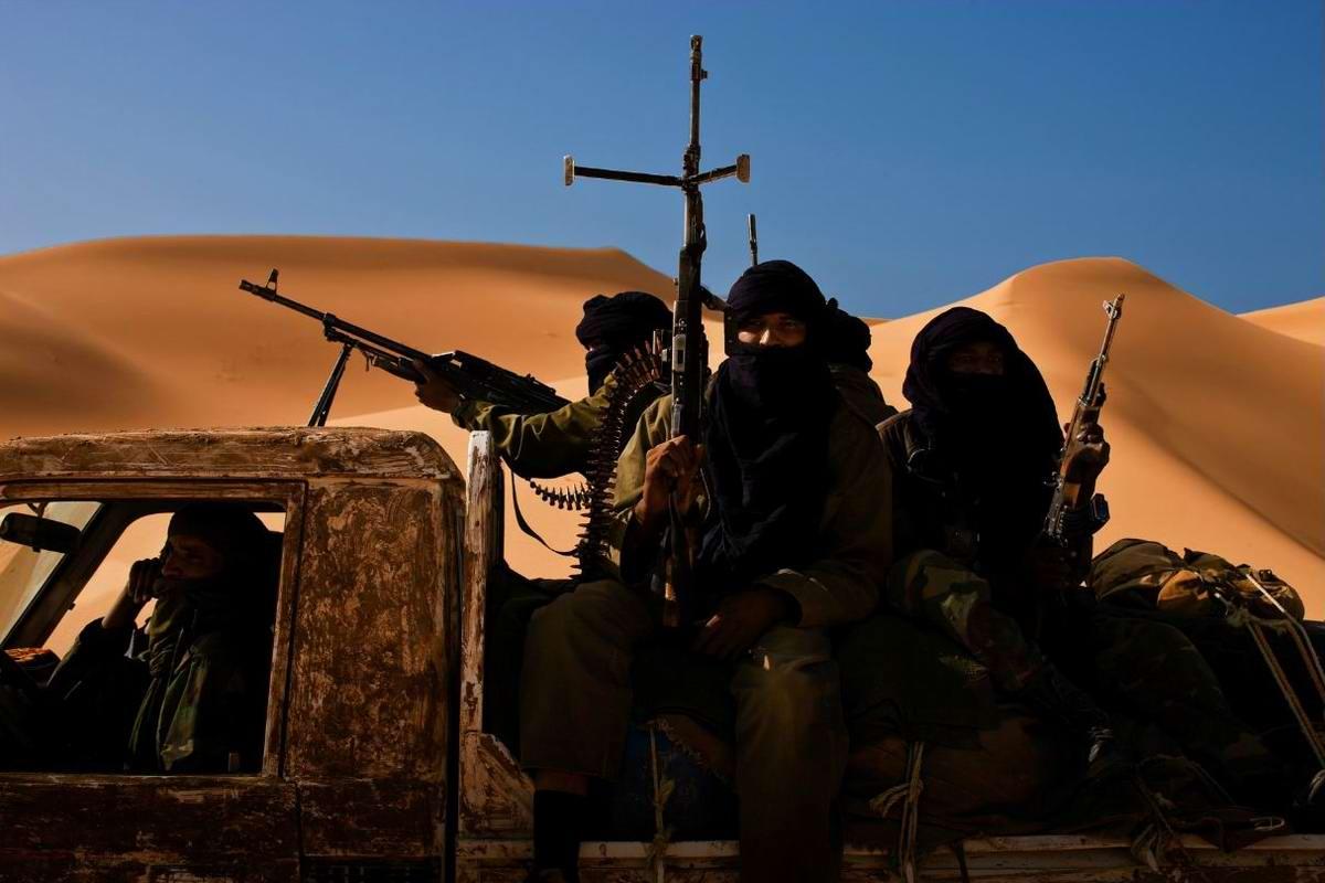 Воинственные североафриканские туареги на снимках фотографа из ЮАР Brent Stirton (12)