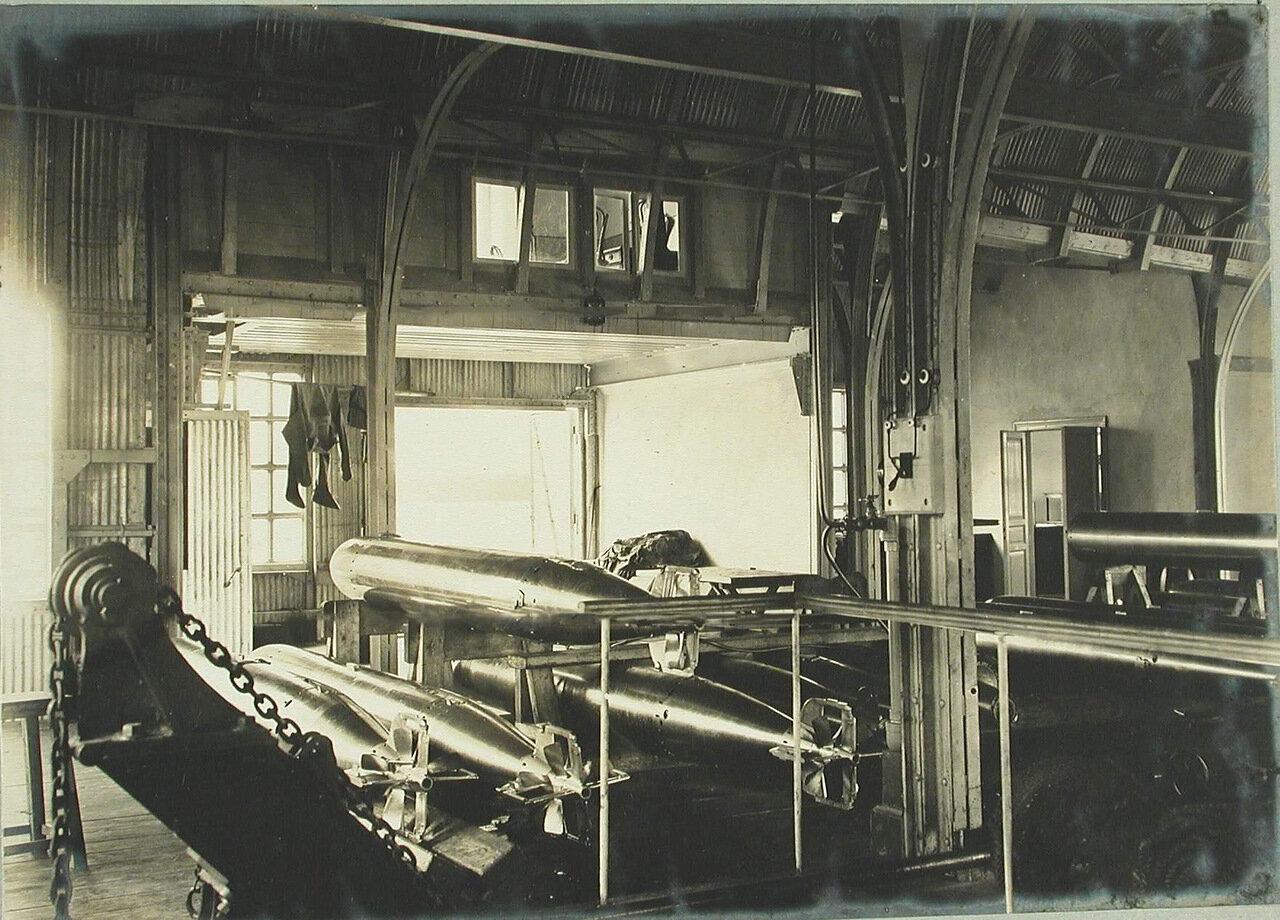 22. Внутренний вид одного из помещений минной пристрелочной станции