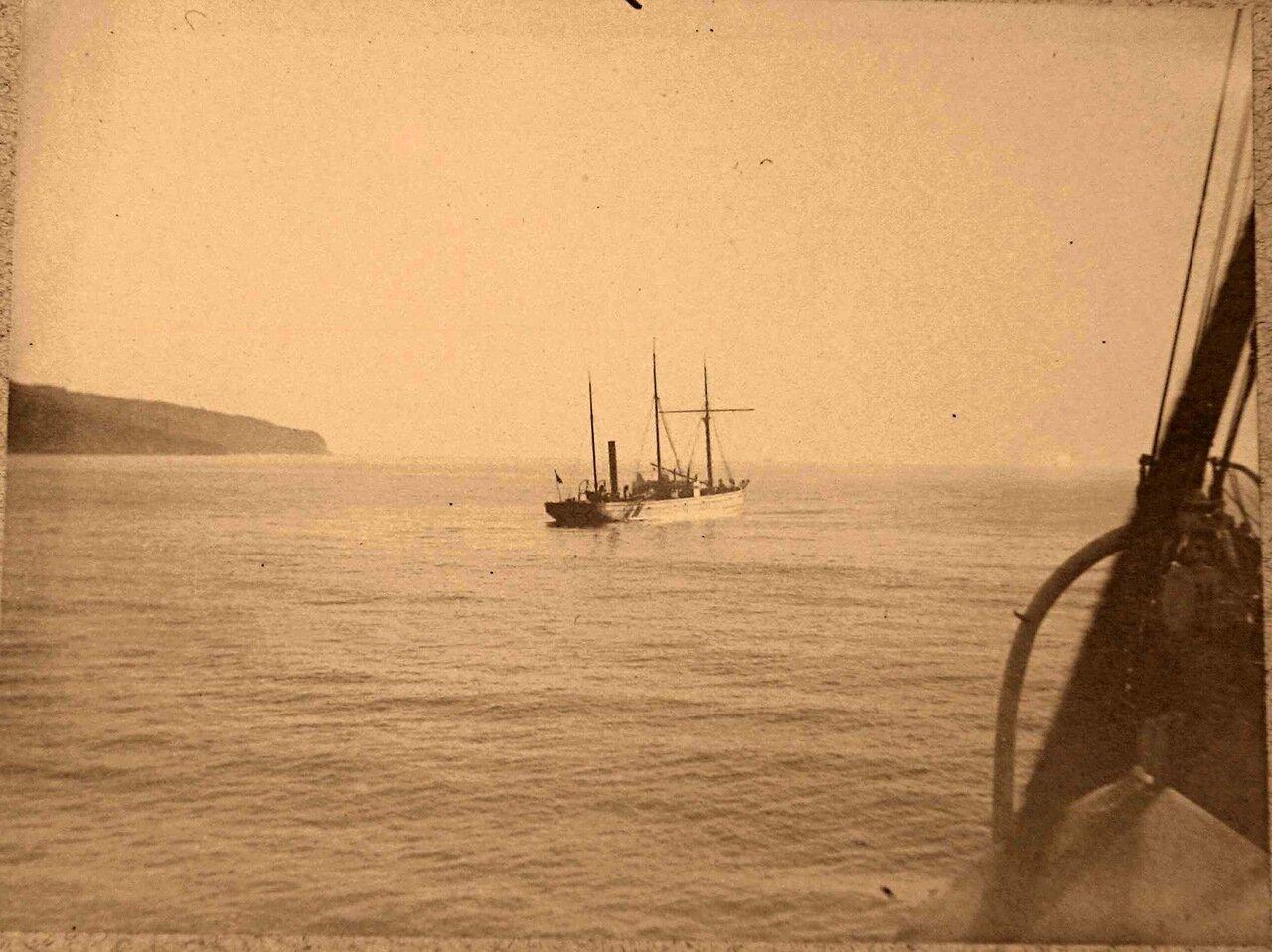 61. Яхта в открытом море
