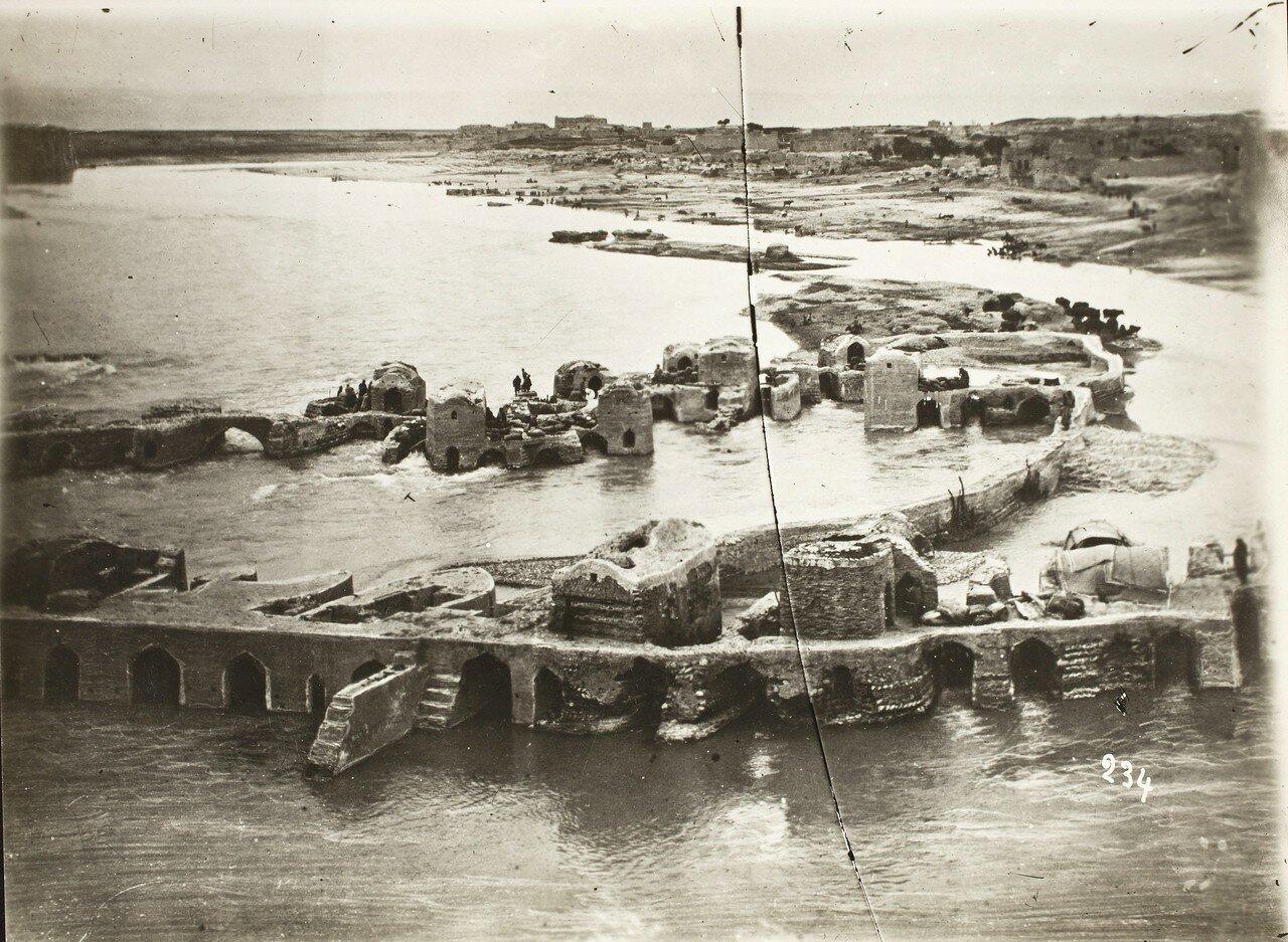 Дизфуль. Руины сасанидского моста и водяные мельницы