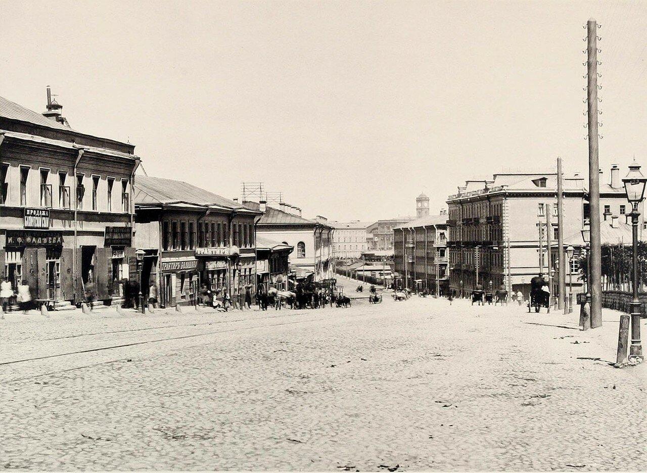 359. Вид Каланчевской улице от Красных ворот