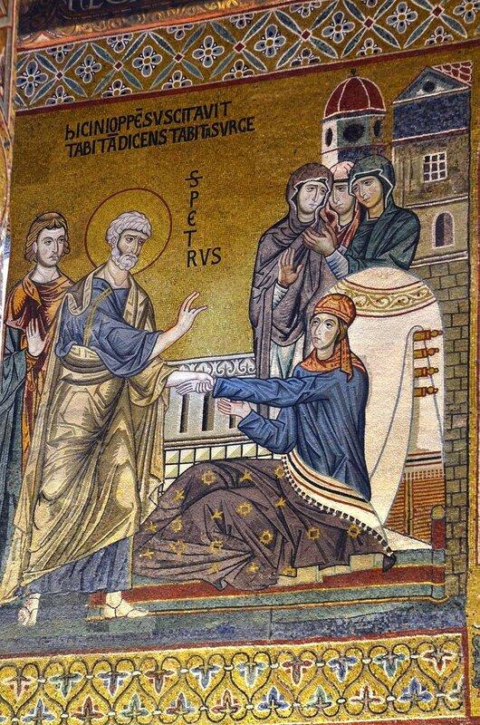 Святой Апостол Пётр воскрешает Святую Праведную Тавифу. Мозаика Палатинской капеллы в Палермо, Сицилия. XII век.