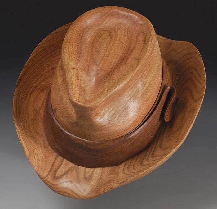 шляпа из дерева