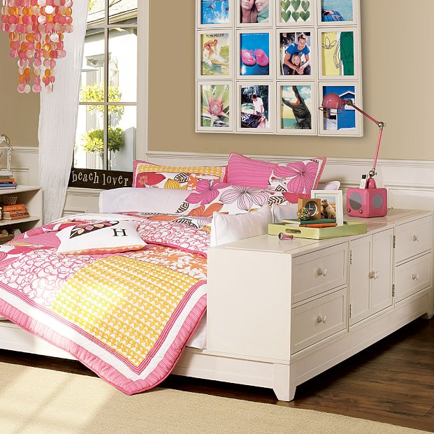 bedroom-teen-girl3.jpg