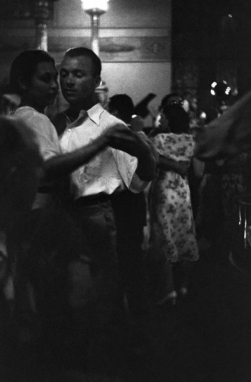 21. Метрополь. Танцующие пары в ресторане гостиницы