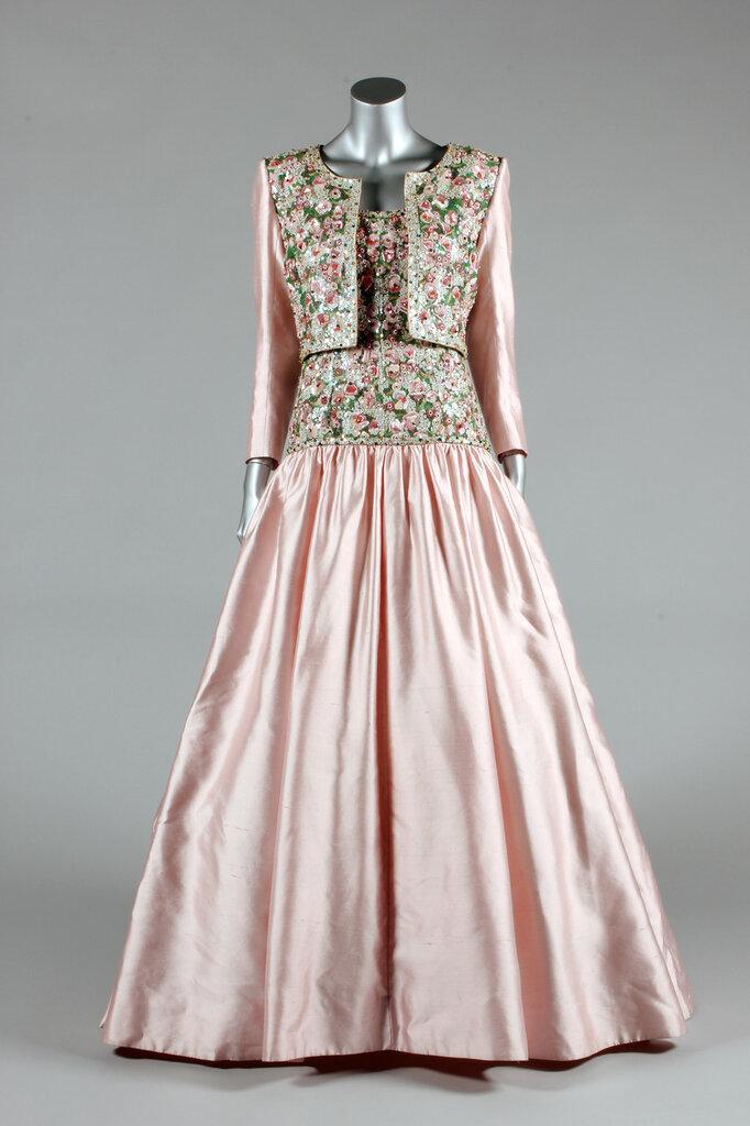 Princess-Diana-gown-9.jpg