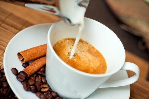 Ученые выяснили, что кофе защищает от цирроза печени