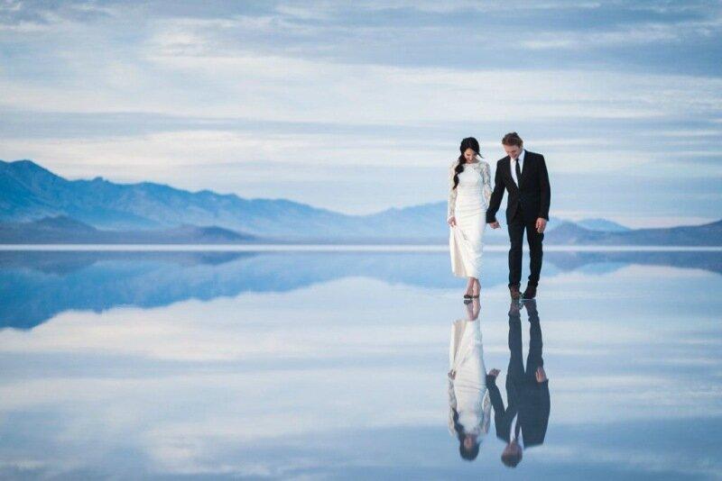 Молодожёны, гуляющие по воде. Красивая свадебная фотосессия 0 1cd5c7 2f322af6 XL