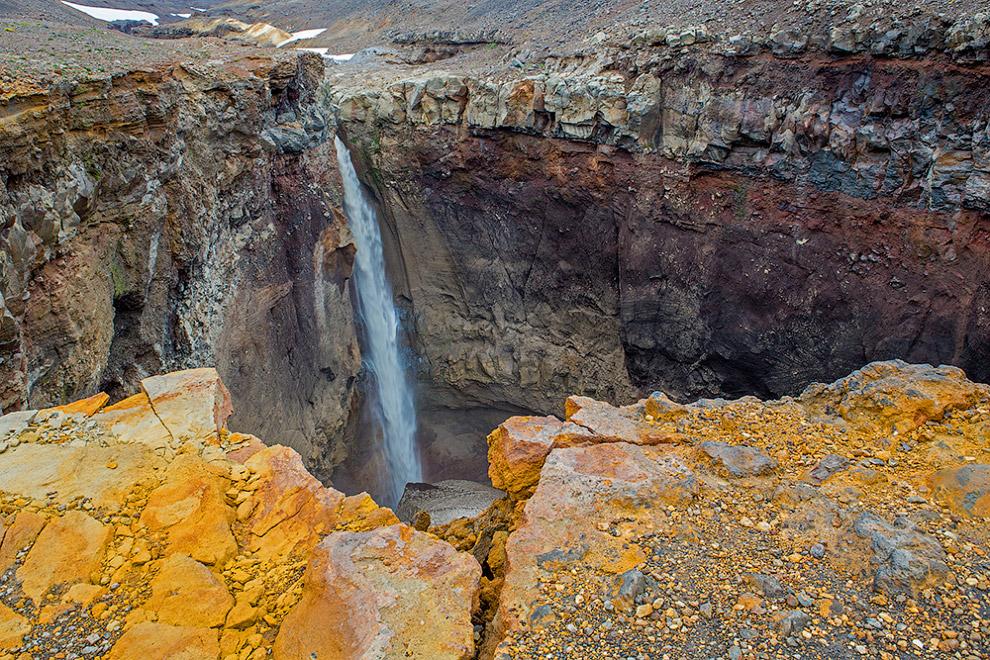 13. Да и меньшие водопады не стали обходить стороной.