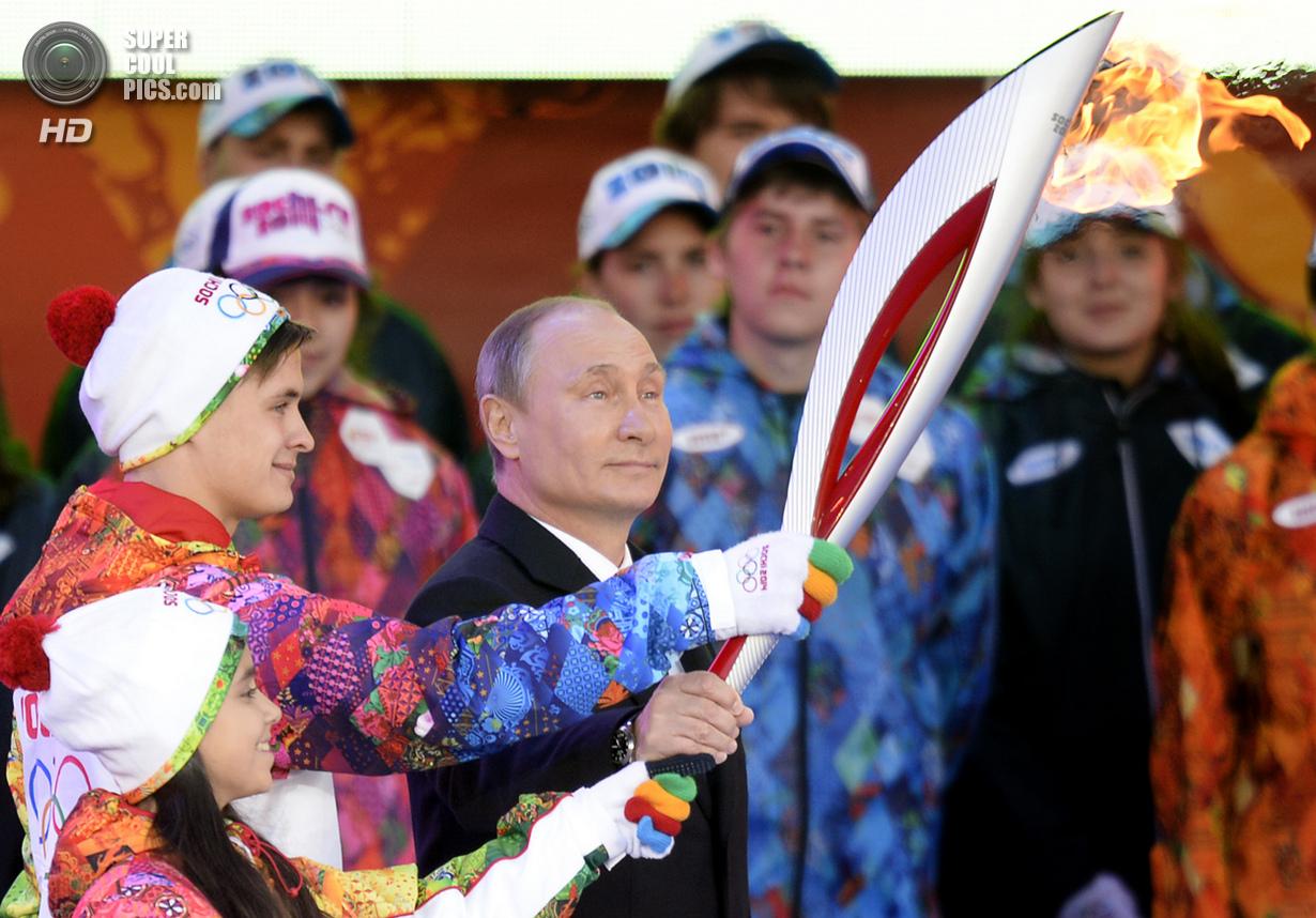 Россия. Москва. 6 октября. Владимир Владимирович Путин. (Alexander Nemenov/AFP/Getty Images)