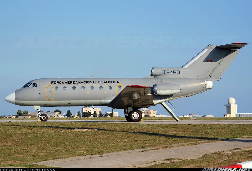 США. Президентский воздушный флот США с 1990 г. и по настоящее время состоит из двух специально обор