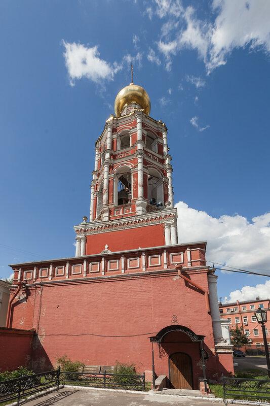 Надвратная церковь Покрова Пресвятой Богородицы