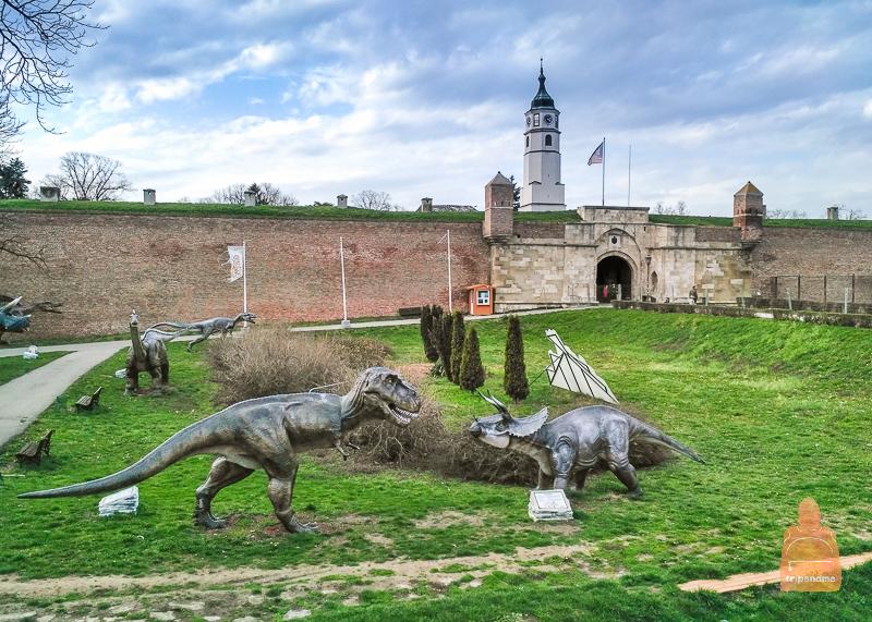 Парк динозавров в Калемегдане