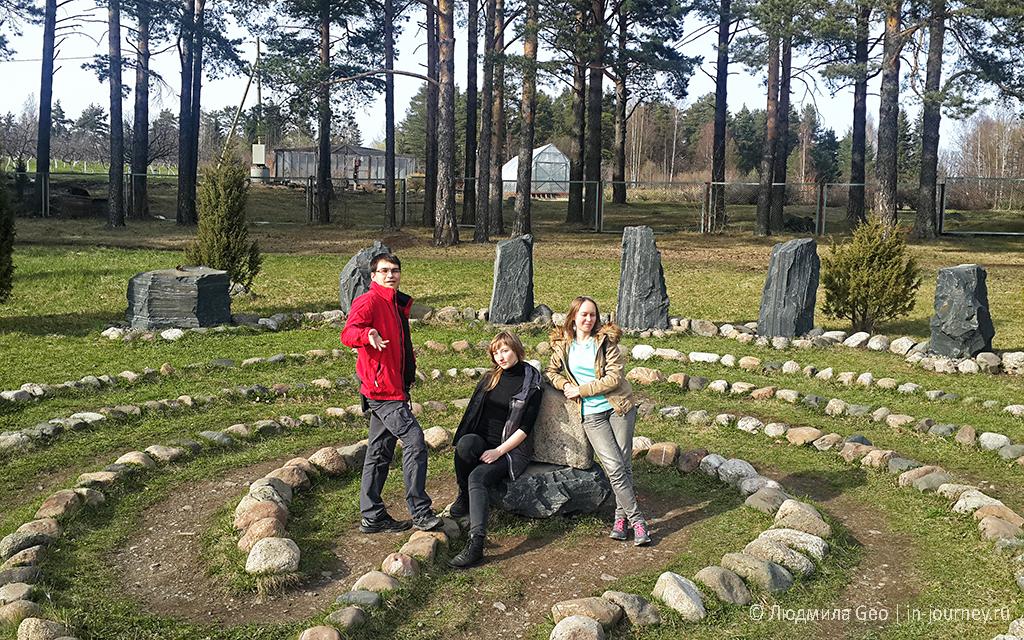 лабиринт из камней около Петрозаводска