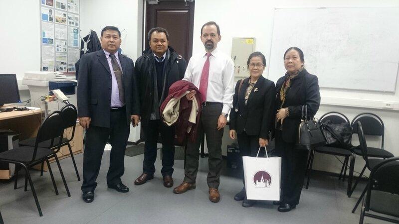Делегация Посольства Лаоса на Психфаке МГУ