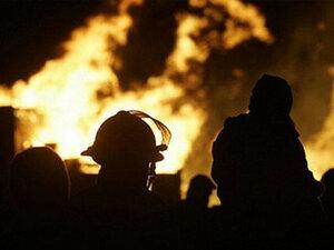 В Японии горит завод по производству алюминия