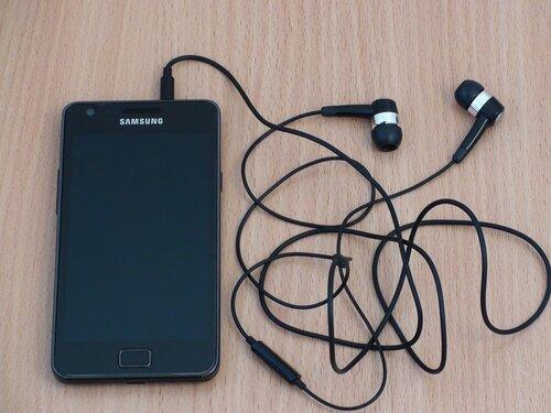Galaxy S II с родной гарнитурой