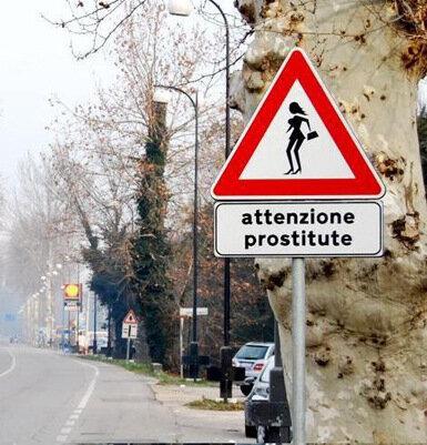 attenzione_prostitute1.jpg