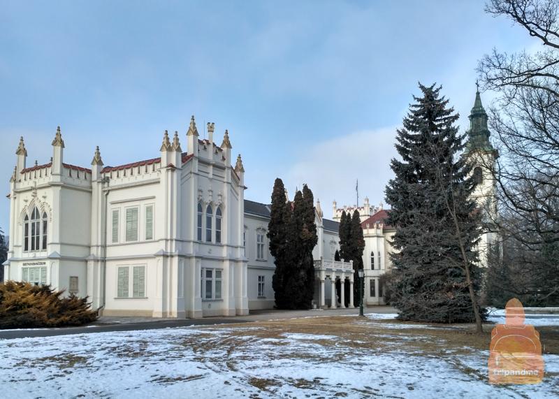 Дворец Брунсвик выстроен в стиле нео-готики