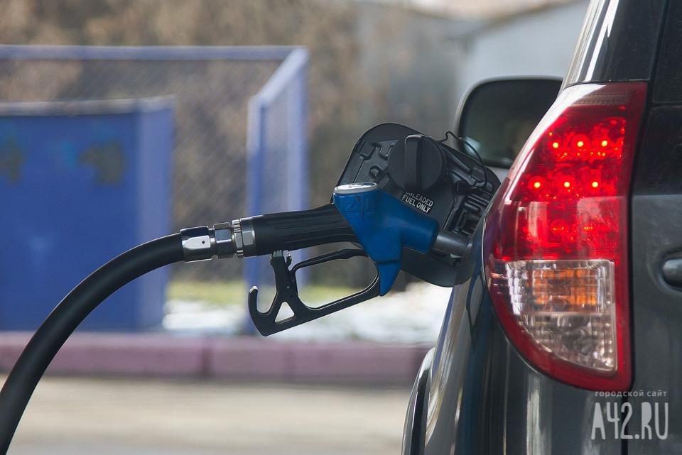 ВОмской области замесяц резко увеличились цены набензин